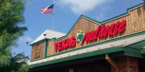 8e6fdac718b8 Things You Need To Know Before Eating At Texas Roadhouse - Texas ...