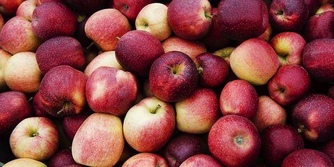 Natural foods, Local food, Fruit, Apple, Food, Superfood, Plant, Mcintosh, Vegan nutrition, Whole food,
