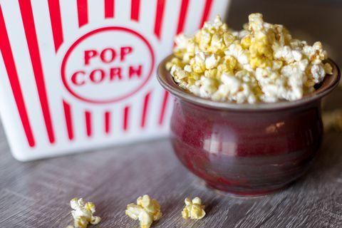 Popcorn, Kettle corn, Yellow, Food, Ingredient, Cuisine, Recipe, Dish, Produce, Snack,
