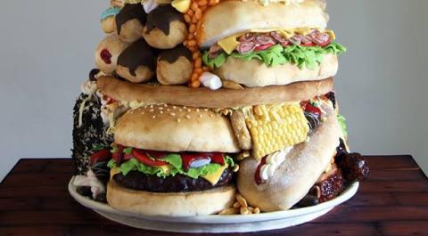 Food, Finger food, Sandwich, Cuisine, Ingredient, Dish, Baked goods, Hamburger, Bun, Fast food,