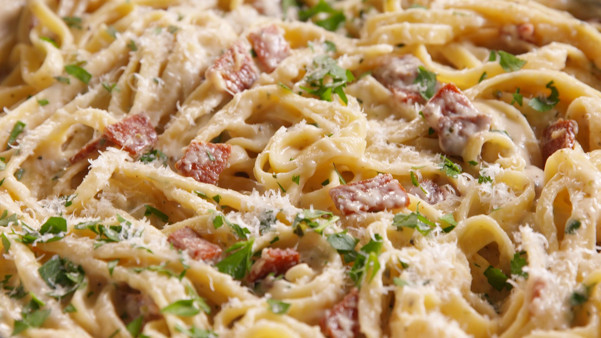 Cooking Pepperoni Fettuccine Video - Pepperoni Fettuccine How to Video