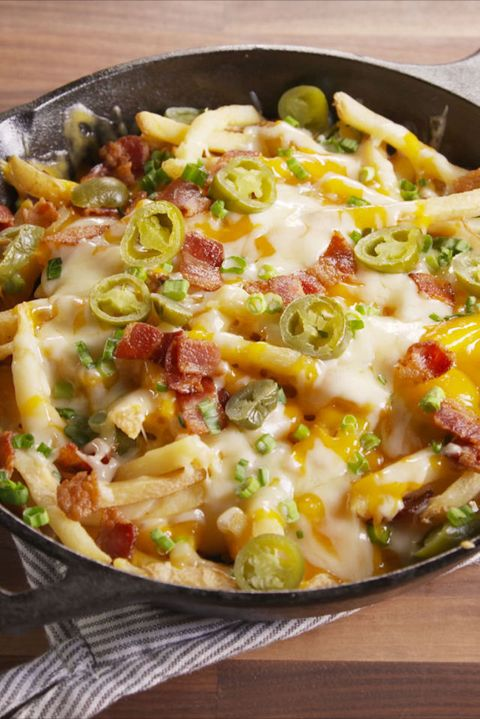 Skillet Cheese Fries Vertical Beauty