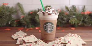 Peppermint Bark Frapp Horizontal