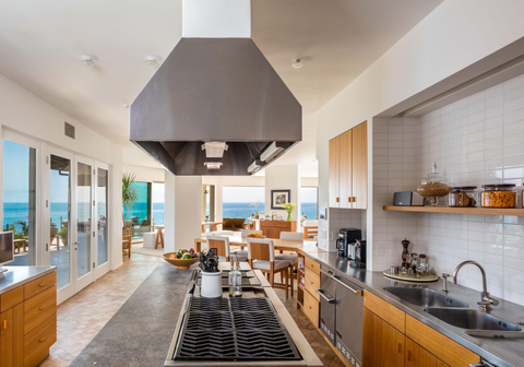 Room, Interior design, Floor, Wood, Property, Countertop, Ceiling, Real estate, Flooring, Home,