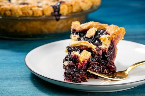 Cherry Old-Fashioned Pie Recipe