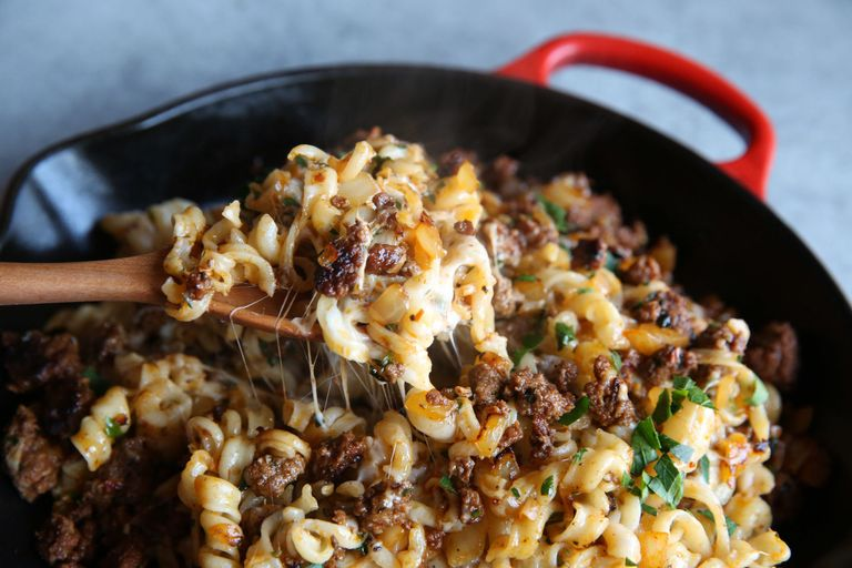 Best skillet meat and cheese pasta recipe how to make skillet meat skillet meat and cheese pasta recipe forumfinder Image collections