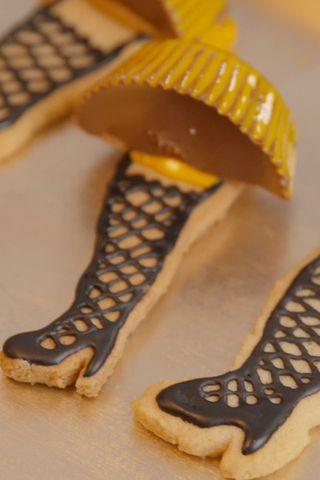 How To Make Leg Lamp Cookies Video