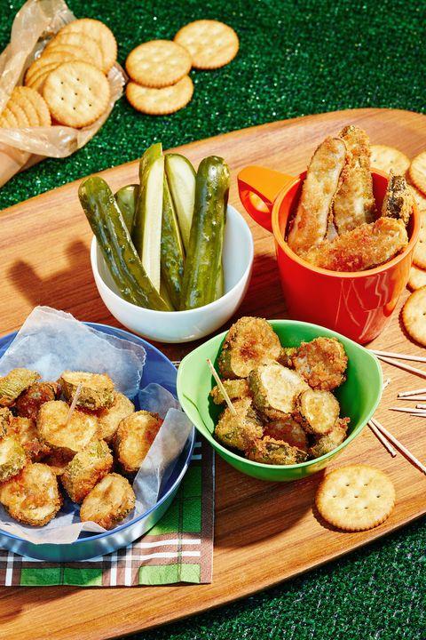 Food, Cuisine, Finger food, Tableware, Dish, Fried food, Ingredient, Plate, Meal, Serveware,