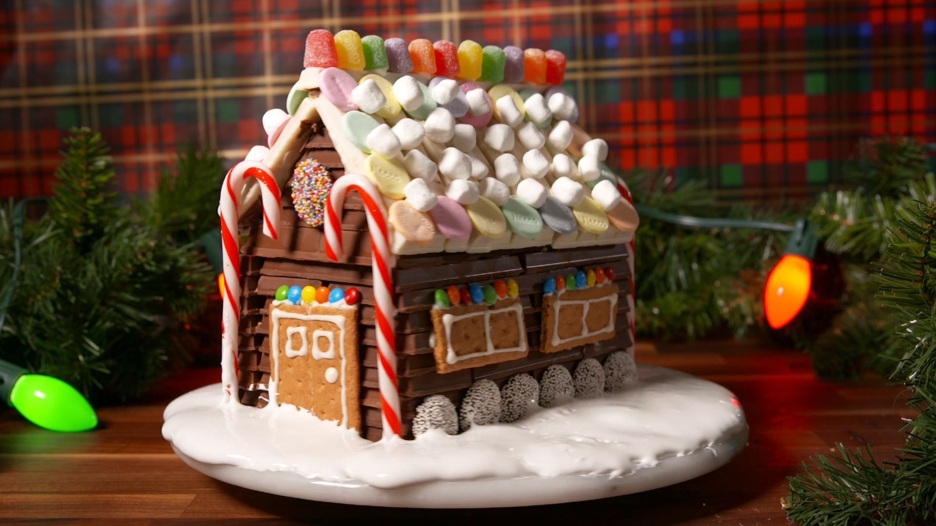 The Secret To Making The Most Impressive Gingerbread House Ever ...
