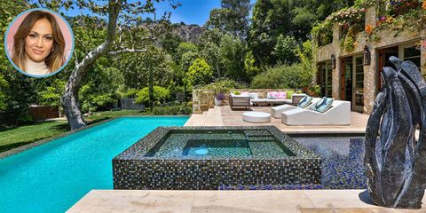 Property, Tree, Real estate, Swimming pool, Garden, Resort, Water feature, Backyard, Composite material, Courtyard,