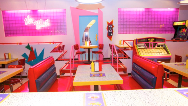 There\'s Going to be a \'Saved by the Bell\' Themed-Diner-Prepare ...