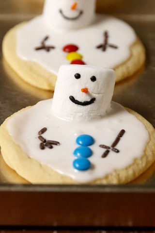 Baking Melted Snowman Cookies Video How To Melted Snowman Cookies