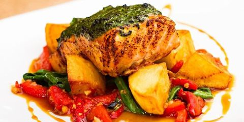 Food, Cuisine, Ingredient, Dishware, Dish, Tableware, Produce, Meat, Plate, Recipe,
