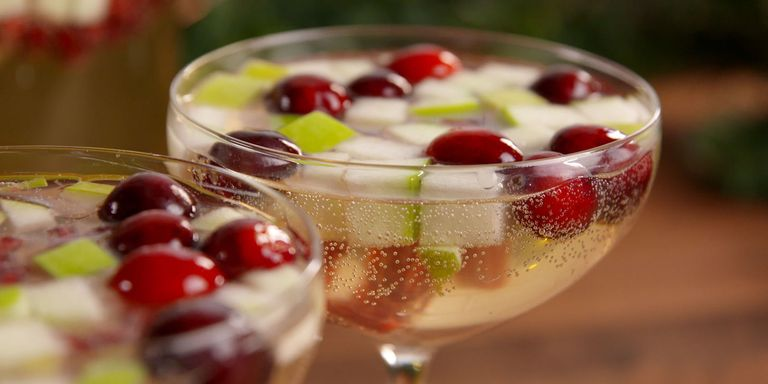 40+ Easy Christmas Cocktails