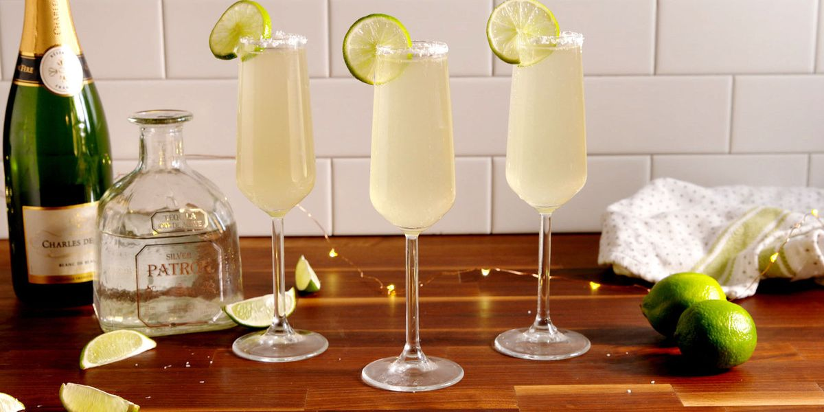 20+ New Years Eve Drinks - Cocktail Recipes for New Year's ...