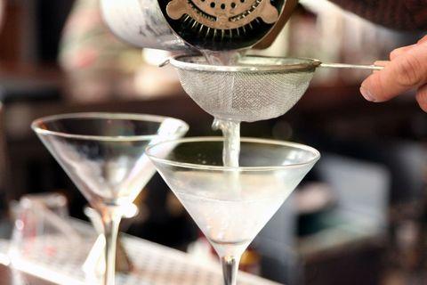 Drinkware, Glass, Stemware, Martini glass, Fluid, Liquid, Tableware, Barware, Cocktail, Alcoholic beverage,