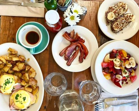 Food, Cuisine, Meal, Dishware, Tableware, Dish, Serveware, Ingredient, Table, Breakfast,