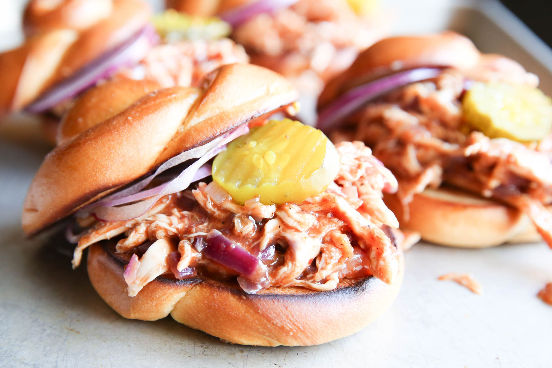 Best Bbq Pulled Chicken Sandwiches Recipe How To Make Bbq Pulled Chicken Sandwiches Delish Com