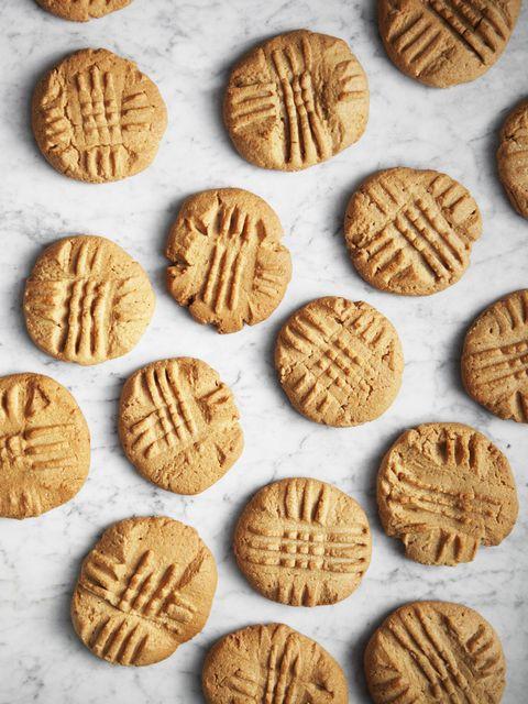 Peanut Butter Cookies Vertical