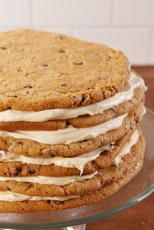 Peanut Butter Cup Bliss Sheet Cake