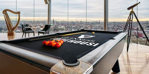 Airbnb Hosts Guinness Storehouse Slumber Party Sleep At The - Guinness pool table