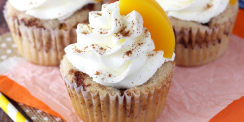 Dish, Cupcake, Food, Cuisine, Dessert, Buttercream, Icing, Ingredient, Whipped cream, Cream,