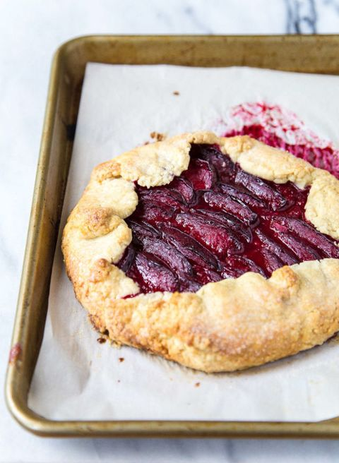 Dish, Food, Cuisine, Ingredient, Dessert, Baked goods, Pie, Blackberry pie, Produce, Cherry pie,