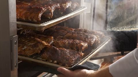 Darden Restaurants Plans To Buy Cheddar\'s Scratch Kitchen - Could ...