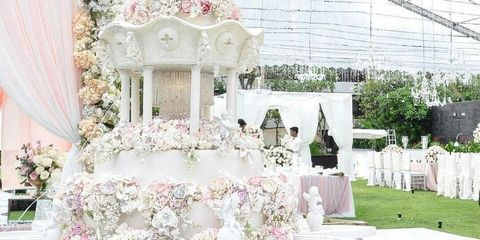 Petal, Flower Arranging, Wedding ceremony supply, Floral design, Decoration, Creative arts,