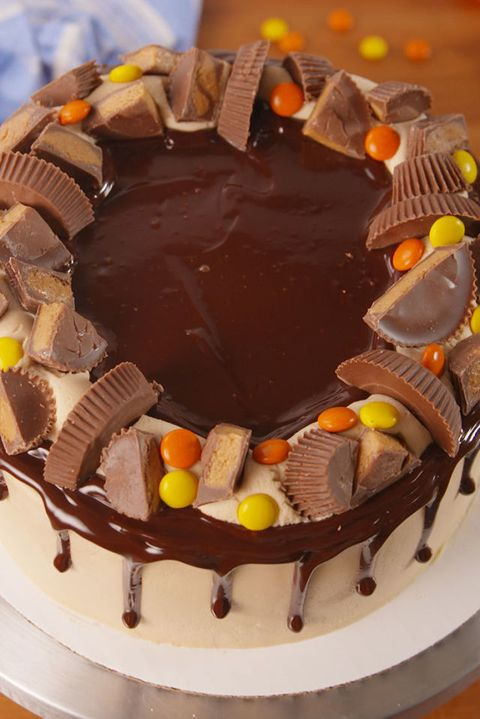 Reeses Explosion Cake