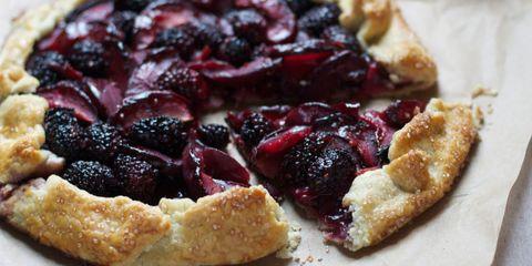 Dish, Food, Cuisine, Blackberry pie, Ingredient, Cherry pie, Dessert, Baked goods, Olallieberry, Berry,