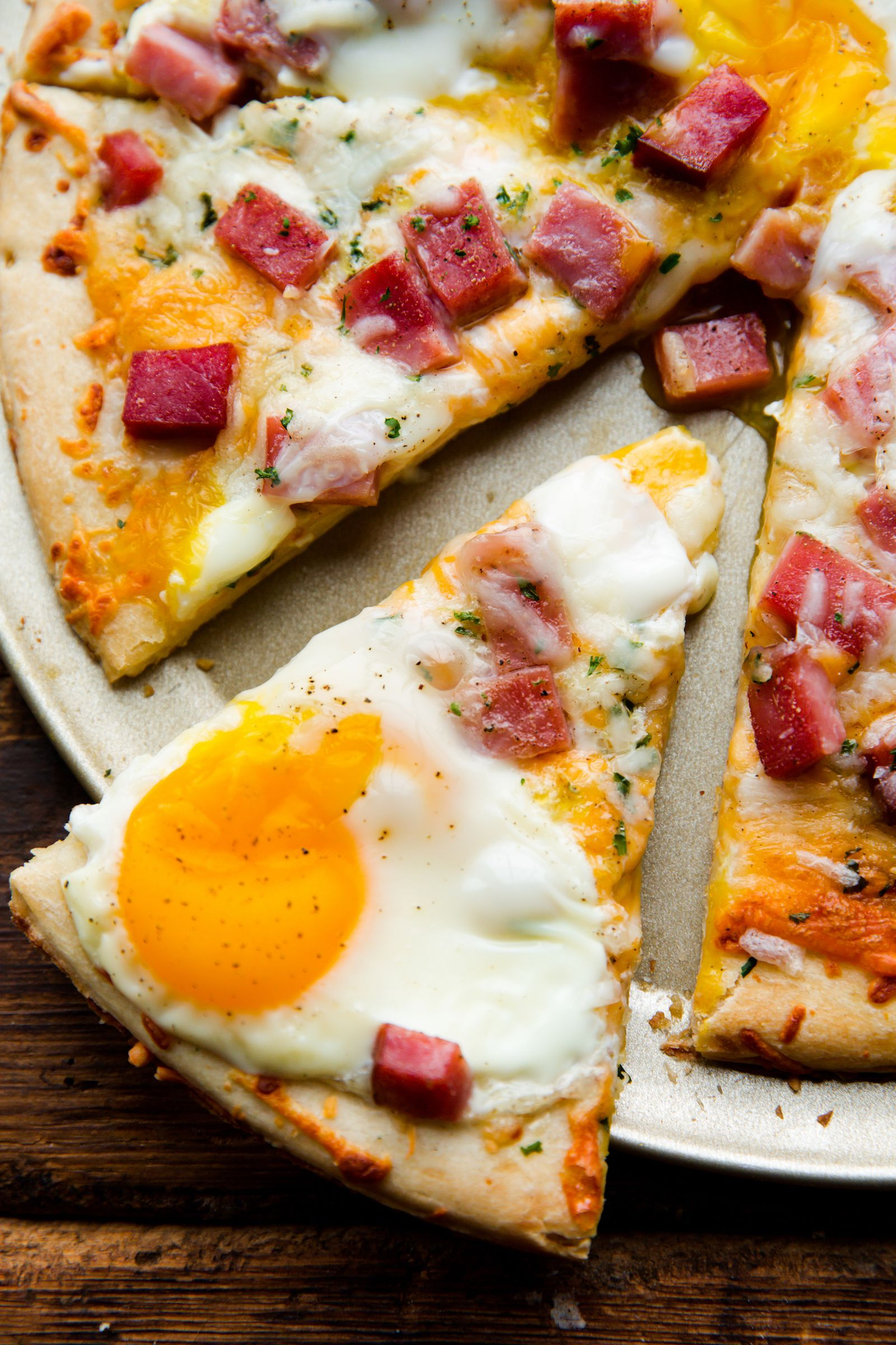 Ham Egg & Cheese Breakfast Pizza Vertical