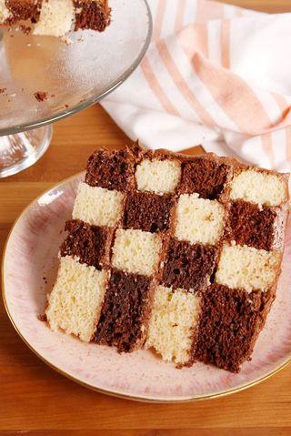 Baking Checkerboard Cake Video Checkerboard Cake Recipe How To Video
