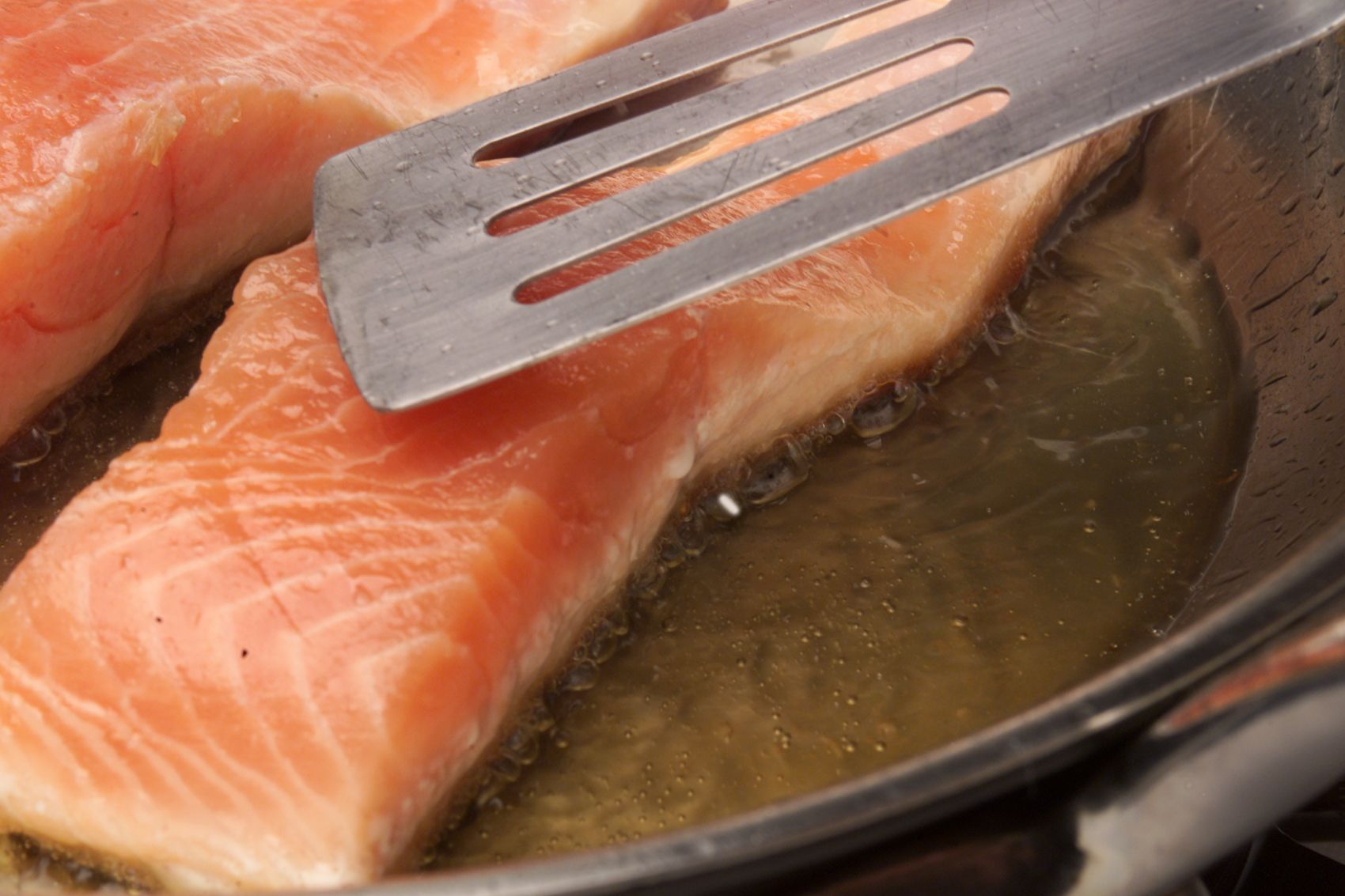 What S The White Stuff On Salmon Albumin In Salmon