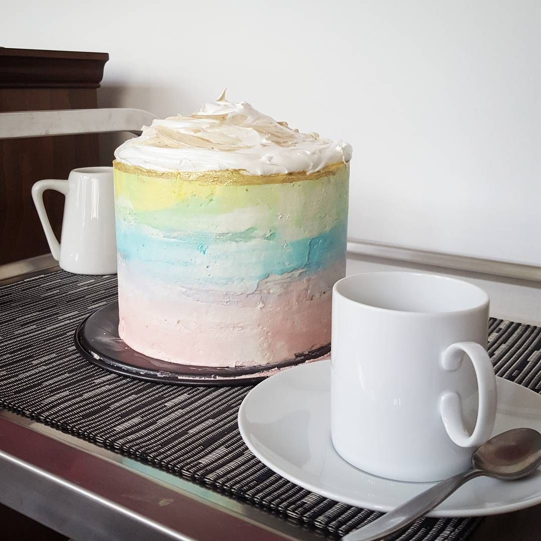 People Are Losing Their Minds Over This Watercolor Coffee Cake