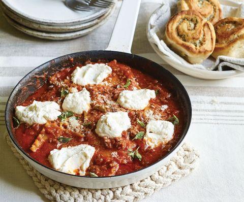 Easy Skillet Lasagna Horizontal