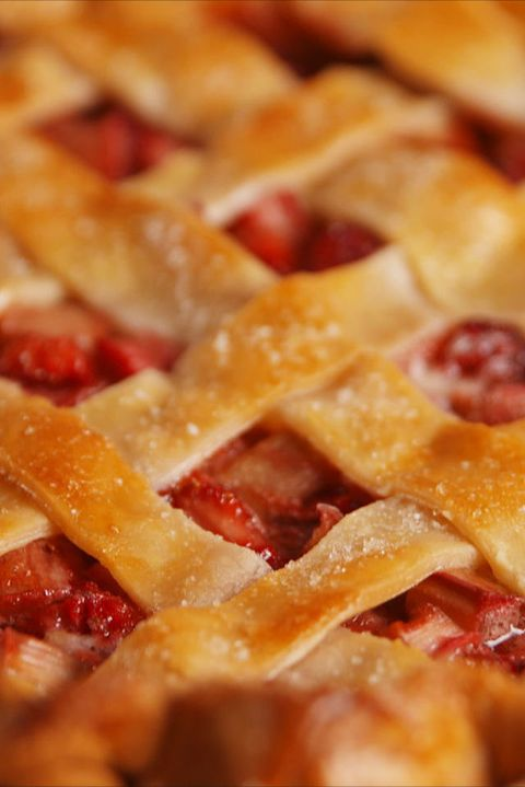 Strawberry Rhubarb Pie Vertical