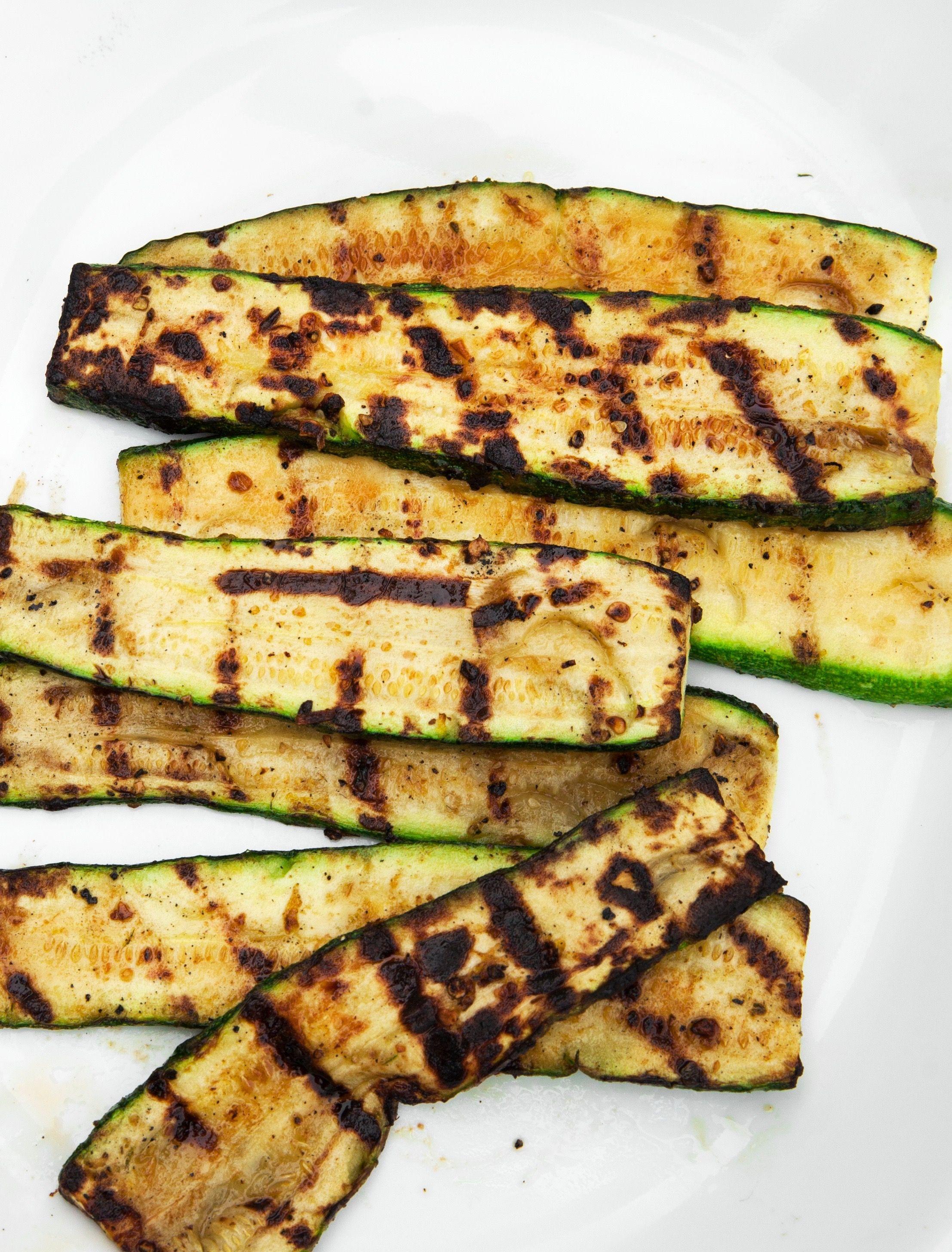 30 Vegetarian Bbq Recipes Grilling Ideas For A Vegetarian Barbecue Delish Com