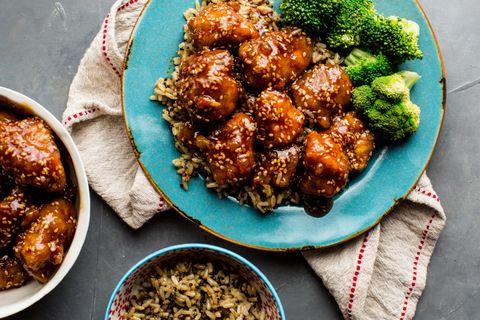 Crispy Honey Sesame Chicken Horizontal