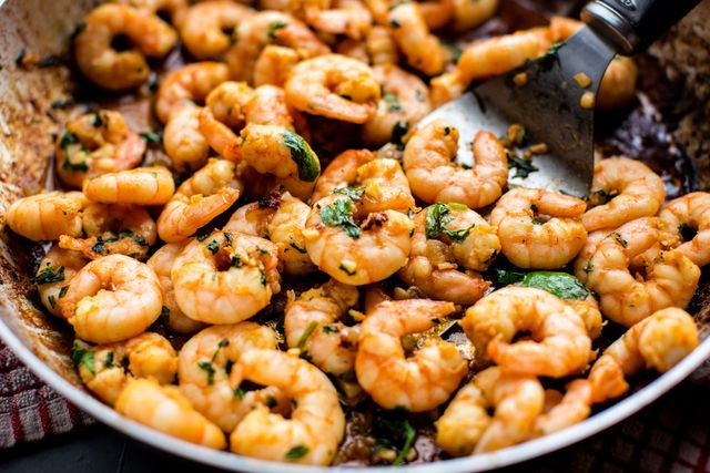 garlic cilantro shrimp horizontal