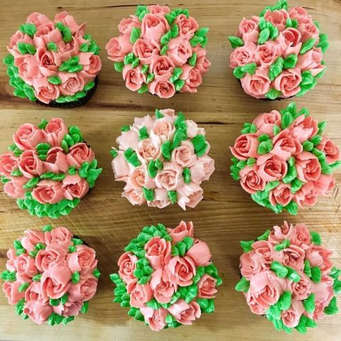 Petal, Flower, Pink, Flowering plant, Rose family, Artificial flower, Garden roses, Rose order, Peach, Sweetness,