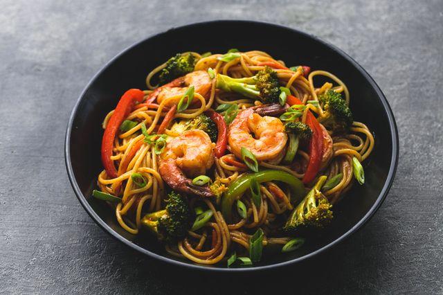 Shrimp & Veggie Lo Mein Horizontal