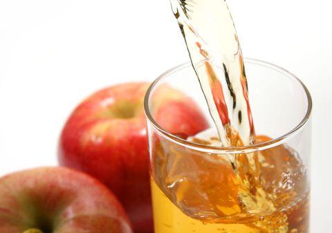 Apple, Food, Apple cider vinegar, Apple juice, Non-alcoholic beverage, Drink, Fruit, Juice, Ingredient, Apple cider,
