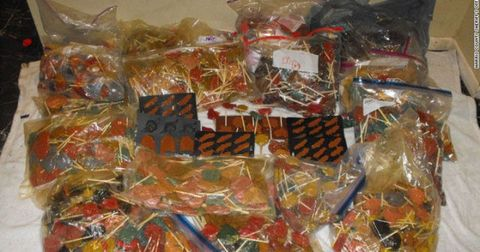 Confectionery, Sweetness, Plastic, Toffee, Candy, Dessert, Snack, Hard candy, Present,