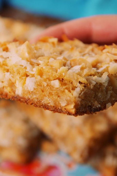 Macadamia Nut Blondies Vertical