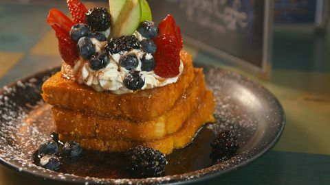 delish-capn-french-toast-1