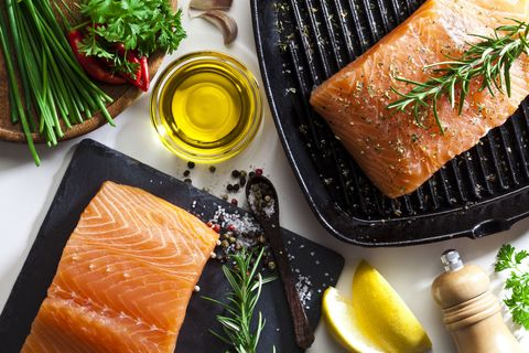 Smoked salmon, Food, Dish, Cuisine, Kasuzuke, Salmon, Salmon, Garnish, Ingredient, Fish slice,