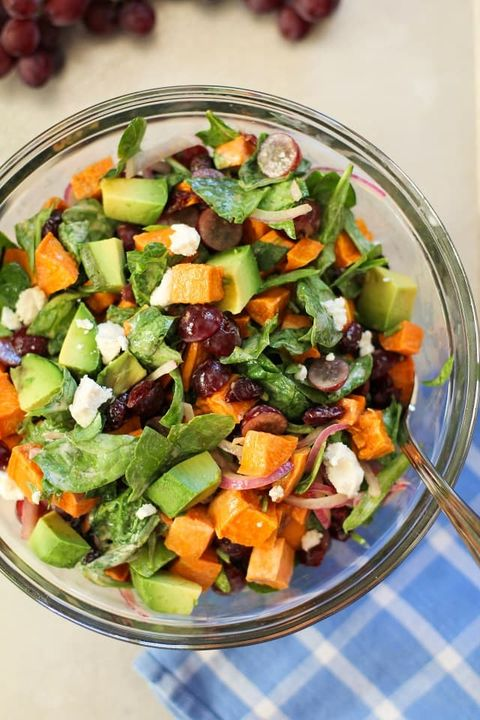 Dish, Food, Cuisine, Garden salad, Salad, Vegetable, Ingredient, Spinach salad, Israeli salad, Vegetarian food,