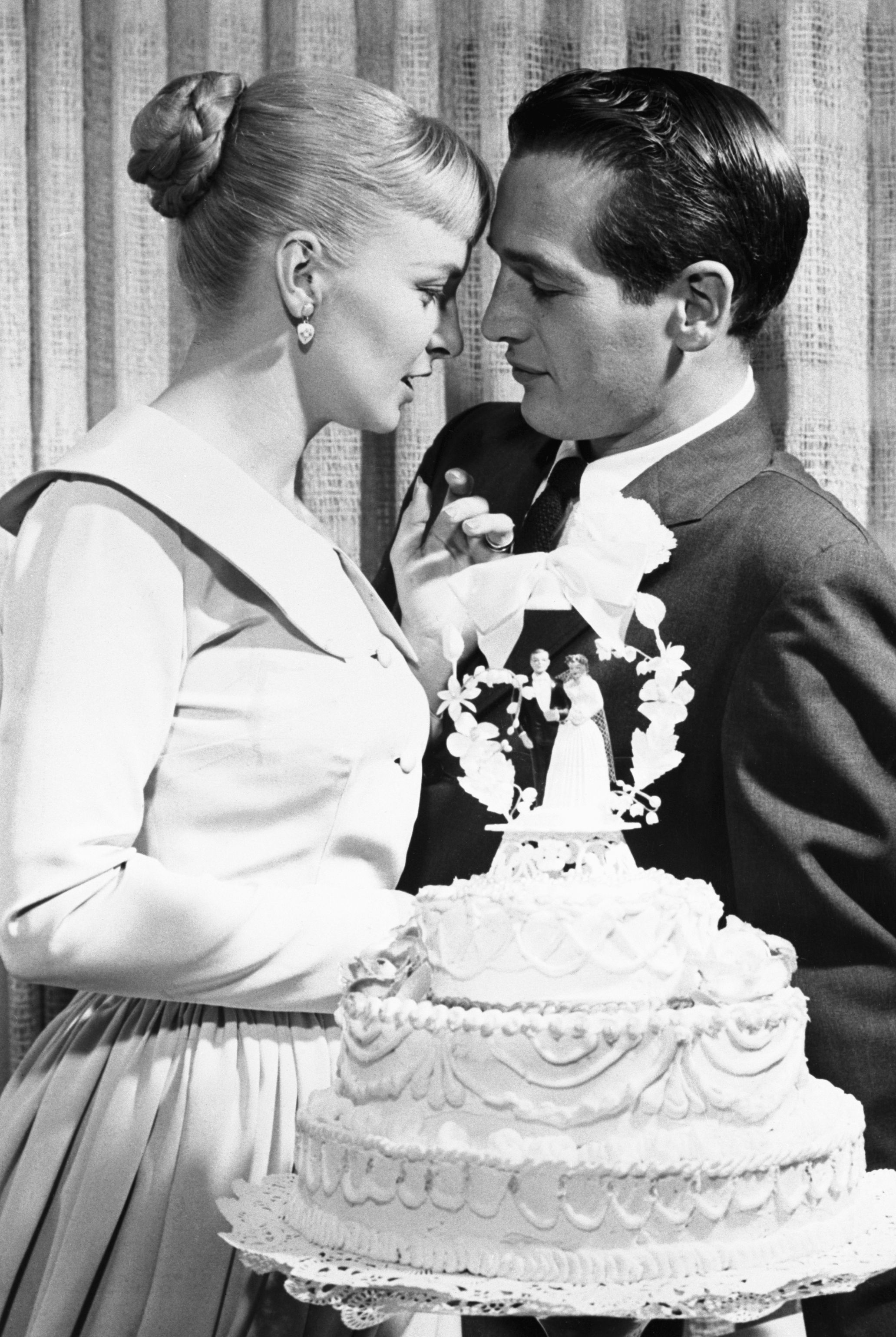 How Wedding Cakes Have Changed Over 100 Years 100 Years Of Wedding Cake Trends