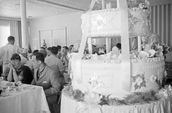 How Wedding Cakes Have Changed Over 100 Years Of Cake Trends Delish